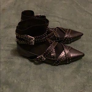 Faux leather Zara booties..